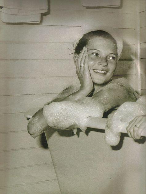 Kate Moss - bath - Stijlmeisje