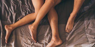 Je relatie spannend houden? Dat doe je zó