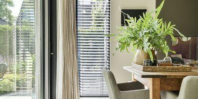 Nieuwe raamdecoratie in de slaapkamer: welke stijl past bij jou?